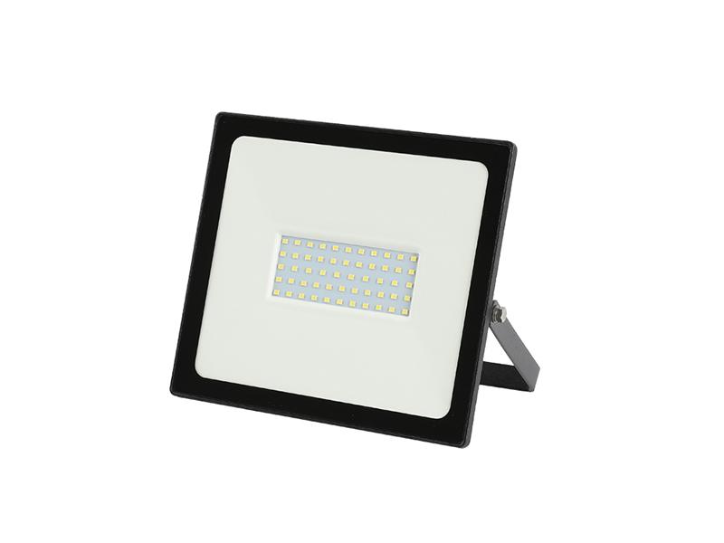 FOCO REFLECTOR LED PARA EXTERIORES DE BAJO CONSUMO CON AHORRO DE ENERGÍA, 50W, SERIE HONEYCOMB SERIES